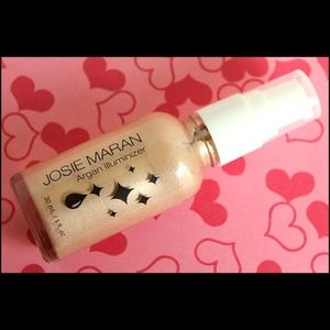 Josie Maran Argan Infused Illuminizer Highlighter